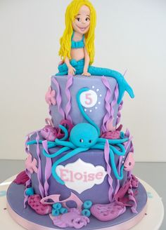 Mermaids are popstars of the ocean as this birthday cake shows. https://www.facebook.com/pages/Strawberry-Sky-Cakes/155937597766548