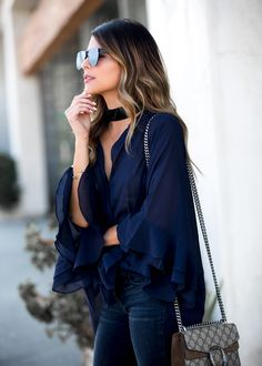 How to style a Ruffle Top | The Girl From Panama @pamhetlinger