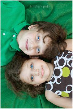 Limefish Studio Photography: Family Portraits | Sibling Pose Ideas | Farmville, Virginia Photographer