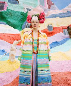 fashion-editorial-salvation-mountain-designboom-04