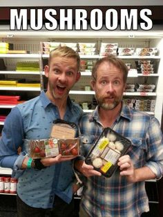 I don't understand this picture, but I still love it lol [Dominic Monaghan & Billy Boyd]