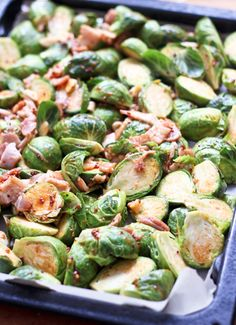 Simple and easy to make Oven Roasted Brussel Sprouts with Smokey Bacon! Perfect side dishes | the healthy foodie