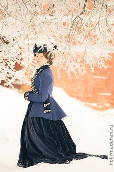18th Century Clothing, 18th Century Fashion, Historical Costume, Historical Clothing, Fashion Wear, Fashion Dresses, Riding Habit, Side Saddle, Ancient Beauty