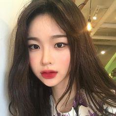 Korean Makeup Website in 2020 Korean Makeup Look, Asian Makeup, Korean Beauty, Asian Beauty, Korean Girl Ulzzang, Cute Korean Girl, Asian Girl, Aesthetic Makeup, Aesthetic Girl