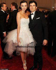 #strapless #wedding #dress
