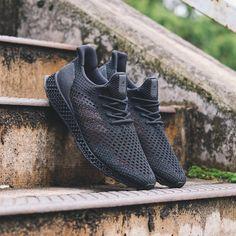Likes, 11 Comments - Dan Freebairn Knit Shoes, Foto E Video, Yeezy, All Black Sneakers, Dan, Adidas Sneakers, Instagram Posts, Fashion, Tennis