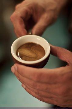 La hora del #cafe y si es marrón fuerte mejor