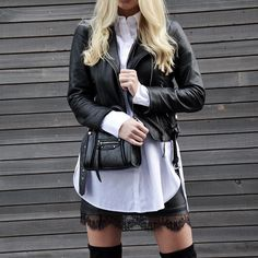L'infaillible noir & blanc  #lookdujour #ldj #leatherjacket #blackandwhite #ootd #outfitinspo #outfitideas #layers #layering #style #inspiration #regram  @marydns