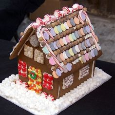 A gingerbread recipe, plus a recipe for gingerbread house icing, and your Christmas holiday season is off to a great start! Gingerbread House Parties, Gingerbread House Kits, Gingerbread Man, Gingerbread House Icing Glue Recipe, Christmas Baking, Christmas Fun, Xmas, Christmas Recipes, Traditional Christmas Cookies