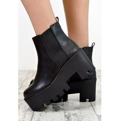 Avril Chunky Heel Biker Style Chelsea Ankle Boots Black