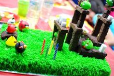 Cutest Angry Birds Cake!