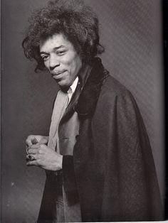 Jimi Hendrix photographed by Richard Avedon Historia Do Rock, El Rock And Roll, Hey Joe, Jimi Hendrix Experience, Richard Avedon, Joe Cocker, Joan Baez, Janis Joplin, Popular Music