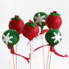 Red  Green Snowflake Christmas Cake Pops