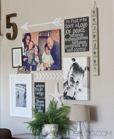 42 Ideas Wall Decored Diy Living Room Art Ideas Family Photos For 2019 Picture Wall, Picture Frames, Photo Wall, Picture Ideas, Gallery Wall Frames, Gallery Walls, Photo Deco, Family Wall, Family Room