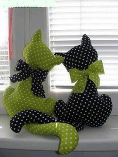 How cute, I would love to make these.