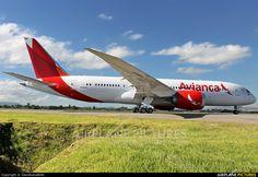 Avianca Colombia Boeing 787-8 Dreamliner