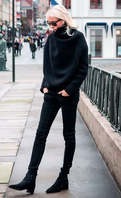 Maxi-Tricot-Black-Street-Style-Jeans-Blonde-All-Black