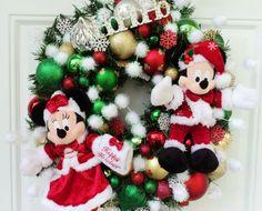 Disney Christmas Wreath Mickey and Minnie by SparkleForYourCastle,