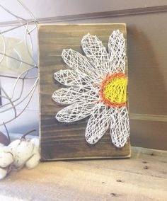 Daisy STRING ART 7.5 x 12 wood sign SPRING by BlueBirdHillDesigns