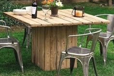 Eight Remodeling Pallet Ideas for Outdoor Furniture | Pallet Furniture Plans