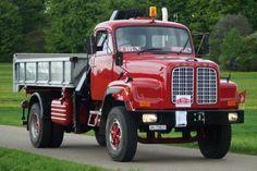 ○ Saurer D290N #Saurer #CH #Oldtimer #Adolf_Saurer_AG Dump Trucks, New Trucks, Old Lorries, Old Wagons, Busses, Classic Trucks, Cars And Motorcycles, Transportation, Nice