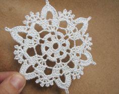 Silver crochet snowflakes (set of 6) Christmas home decors Christmas ornaments Wedding decors appliques