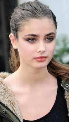 Bella Beauty, Beauty Full Girl, Beauty Women, Taylor Hill Hair, Taylor Marie Hill, Justin Bieber Pictures, Very Beautiful Woman, Girl Haircuts, Le Jolie