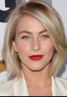 30 Simple Hairstyles For Short Hair - Hair Styles Hairstyles Haircuts, Pretty Hairstyles, Short Haircuts, Simple Hairstyles, Straight Haircuts, Short Blonde, Blonde Hair, Short Bangs, Blonde Bangs