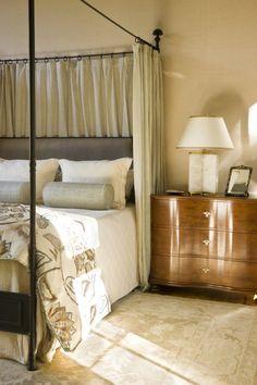 English Country - Harrison Design Pretty Bedroom, Dream Bedroom, Home Bedroom, Bedrooms, Bedroom Ideas, Master Bedroom, Organizing Walk In Closet, Mulberry Home, Harrison Design
