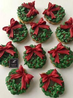Christmas Food Gifts, Christmas Sweets, Hallmark Christmas, Christmas Baking, Christmas Crafts, Xmas, Christmas Wreath Cookies, Holiday Cookies, Holiday Treats