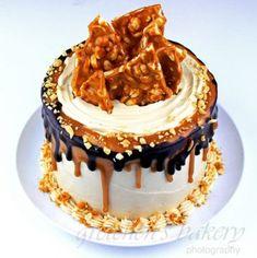 Raspberry Linzer Mousse Cake - Gretchen's Vegan Bakery Peanut Brittle, Peanut Butter Fudge, Yeast Donuts, Hazelnut Butter, Cocoa Cinnamon, Fudge Cake, Mousse Cake, Baking Flour, Just Desserts