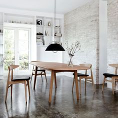 haus® - CH006 Dining Table by Hans J. Wegner