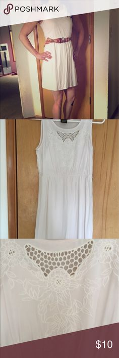 Paper Doll amazing white dress! A lovely casual dress with beautiful embroidery around the top. Has belt loops for a belt. Belt not included in photo. No stains or flaws. Maybe worn once. It's a kids size 16, but fits me and I'm a 2-4 and 5'6 for reference. Dresses Midi