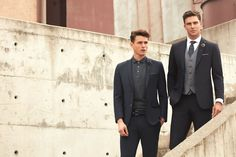 All the latest men's fashion lookbooks and advertising campaigns are showcased at FashionBeans. Click here to see more images from the Damat Spring/Summer 2016 Men's Lookbook