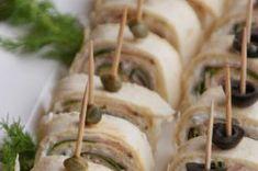 Párty jednohubky, které připravíte rychleji než klasické jednohubky   NejRecept.cz Pin Wheels, Garlic, Vegetables, Party, Blue Prints, Fine Dining, Vegetable Recipes, Parties, Veggies