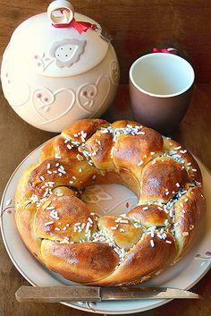 Treccia pan brioche ciambellata alle 3 marmellate