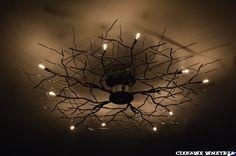 Źródło światła w sypialni.The light source in the bedroom