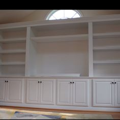 Another built in book case, nice!