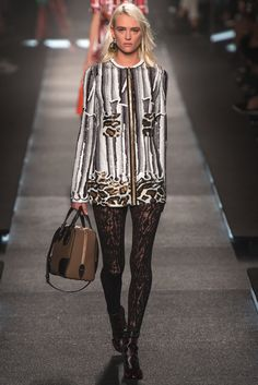 Louis Vuitton Spring 2015 Ready-to-Wear - Collection - Gallery - Look 32 - Style.com
