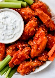 Hot Honey Buffalo Wings with Cucumber Ranch Honey Buffalo Wings Recipe, Honey Bbq Wings, Honey Hot Wing Sauce Recipe, Hot Wing Dip, Hot Wing Sauces, Air Fryer Chicken Wings, Honey Chicken, Chicken Wing Recipes, Easy Delicious Recipes
