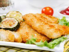 Minden második magyar kedvenc étele a rántott hús, és ezen nem is csodálkozunk. A vasárnapi ebéd elengedhetetlen kelléke az aranybarnára sült friss hússzelet. Ez az étel azonban sokkal több rafinériát is megenged, mint amit gondolnánk. Íme néhány ötlet, amivel még finomabbá varázsolhatjuk a család kedvencét.
