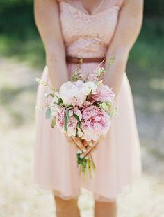 pink bridesmaid bouquet. ©Ryan Flynn Photography. www.ryanflynnphotography.net