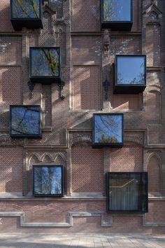 Image 13 of 21 from gallery of Hyatt Regency Hotel Amsterdam  / van Dongen-Koschuch. Photograph by Bart van Hoek
