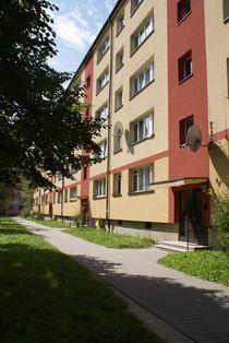Tychy | Budynki mieszkalne, (systemu 540, arch. M.A.Czyżewscy), klatkowo-sekcjowe, os. D3, arch M. Czyżewska | Foto. Janusz A. Włodarczyk ©