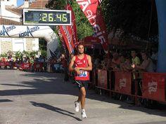 atletismo y algo más: 7620. Younes Ait Hadi (32:29) fue el vencedor y Pa...