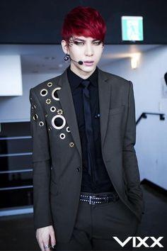 Leo - Vixx. I like those contacts, A lot.