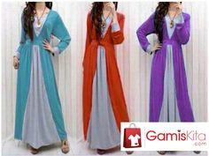 Gamis Kimono Tones, gamis berbahan kaos poly spandek yang halus dengan model kimono, kombinasi warna abu dengan tiga warna-warni cantik, lengan panjang, ada karet pada belakang pinggang.