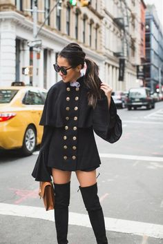 Period Piece :: Cape coat
