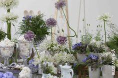 arranjos florais com agapanthus