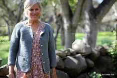 a sweet smooshy sweater, osprey is so lovely and soft and particularly brilliant in garter stitch. i added afterthought pockets to this cardigan, although i was worried about added bulk. turns out ...
